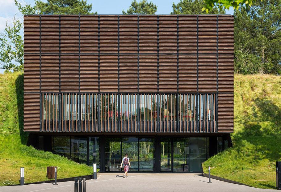 centre de formation des apprentis marjan hessamfar joe v rons architectes associ s. Black Bedroom Furniture Sets. Home Design Ideas